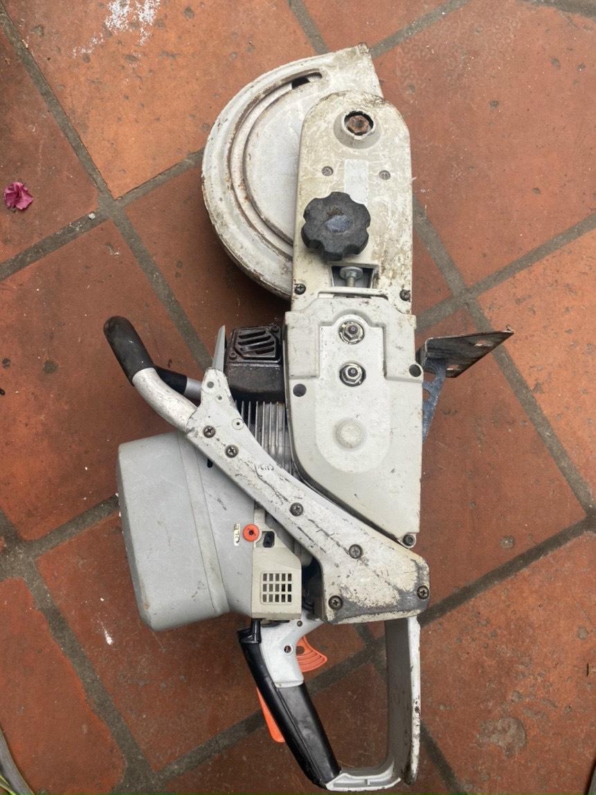 Máy cưa cọc trụ điện động cơ xăng cũ