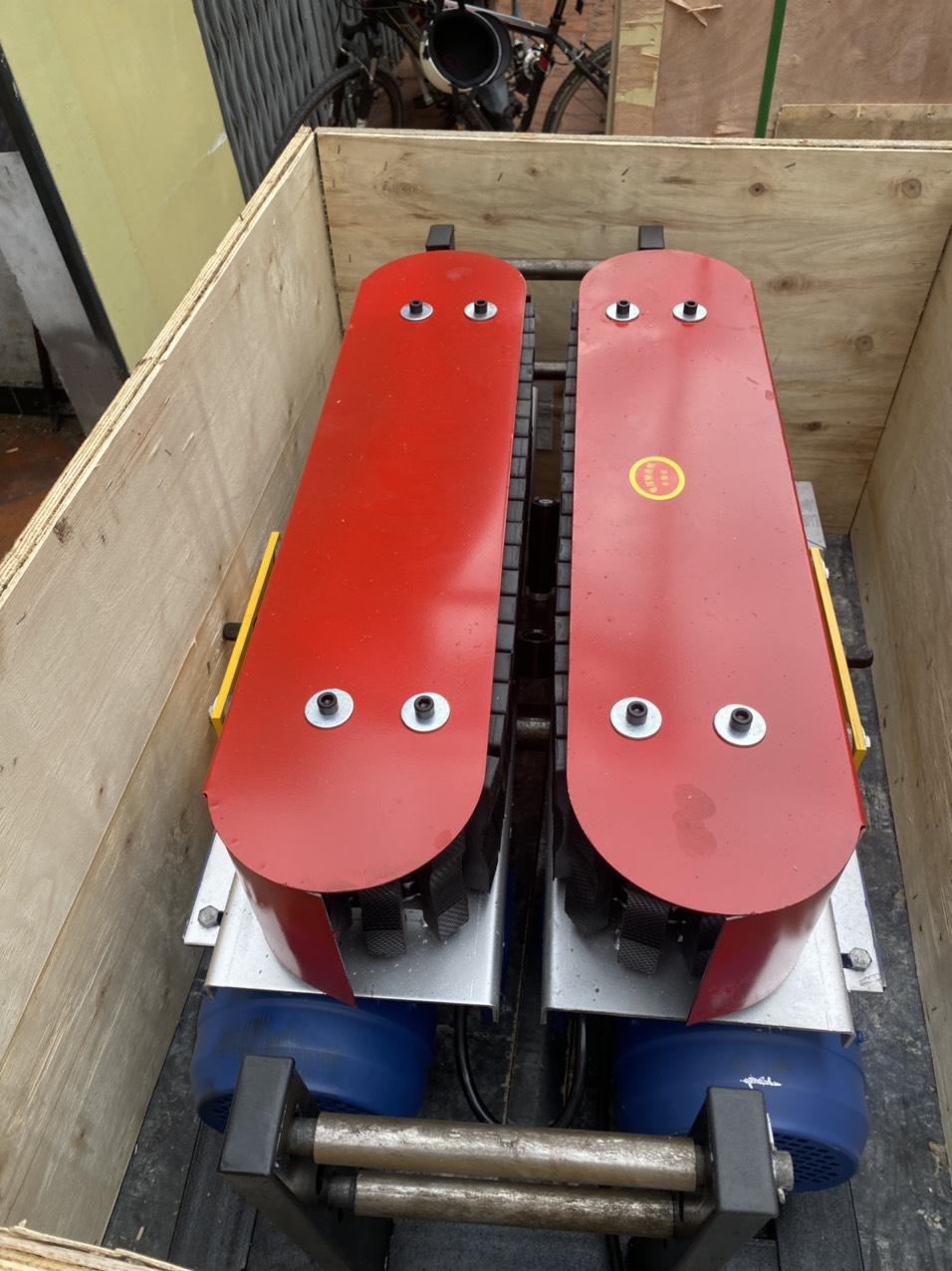 Máy đẩy dây cáp DSJ-180